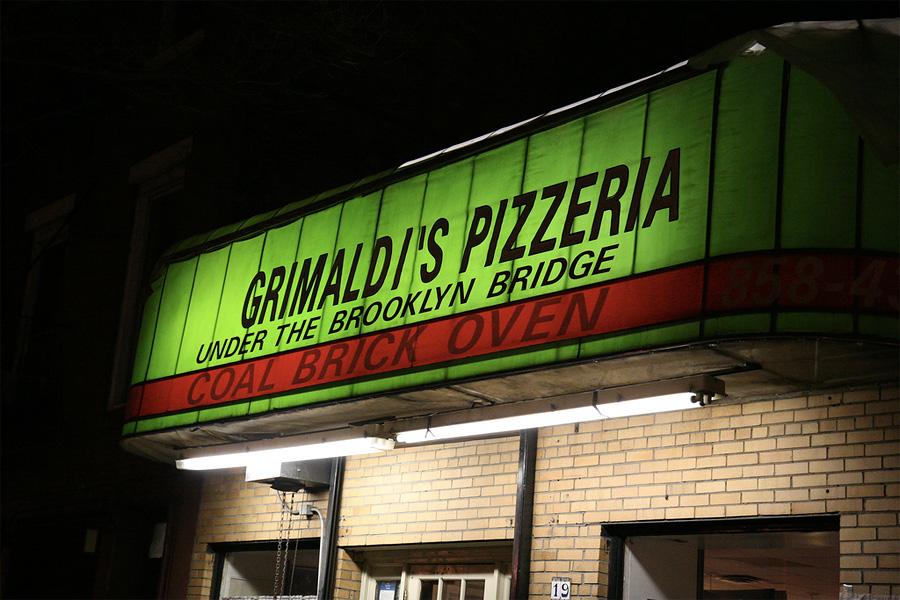 Пиццерия Grimaldi's, Нью-Йорк, США, Северная Америка и Карибы